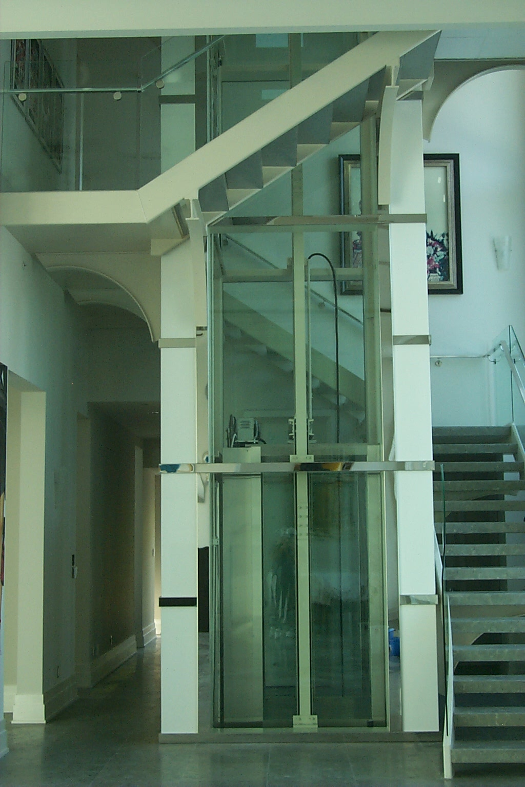 Residential elevators by eclw for Elevators for homes cost